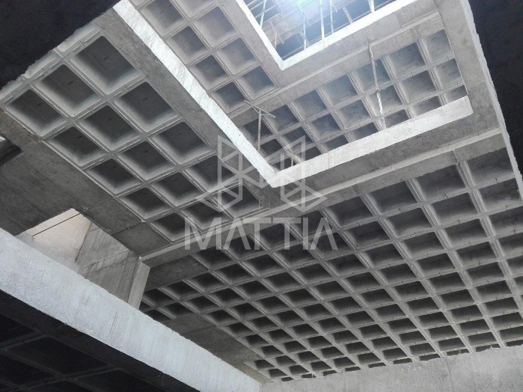 نمونهای از اجرای بازشوی بزرگ با استفاده از سیستم سقف وافل امکان جانمایی نامنظم ستونها و تعبیهی بازشوهای بزرگ