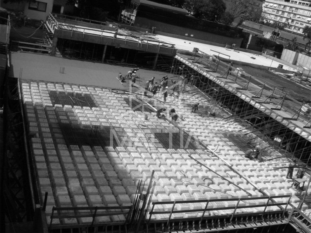 اجرای سقف پارکینگ با استفاده از سقف وافل