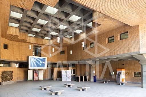 معماری سقف ساختمان کتابخانهی ملی ایران