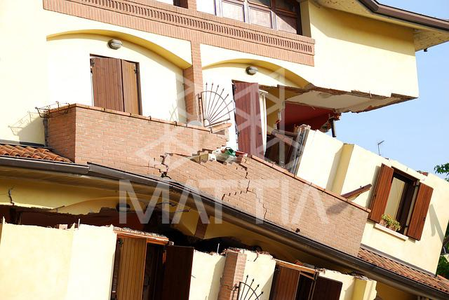 ساختمان ضد زلزله فناوری جدید برای مقاوم سازی ساختمان در برابر زمین لرزه