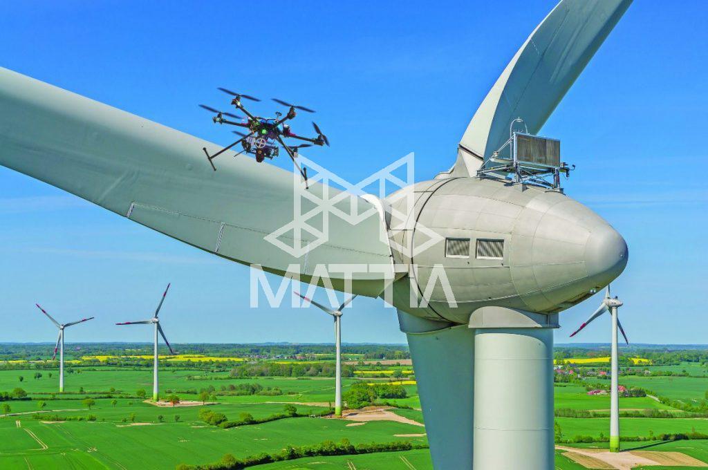 کنترل و نگهداری از یک توربین بادی با پهپاد